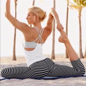 ATHLETA Chaturanga Stripes Capri Yoga Leggings S